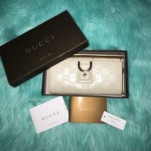 GUCCI Guccissima D Ring Leather Wallet Zip Around